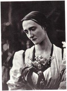 Julia Margaret Cameron - Mrs. Herbert Fisher, 1868.
