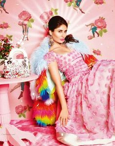 cool Kareena Kapoor Khan Sizzling Photoshoot Vogue March 2014