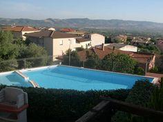 appartamento vista mare con piscina
