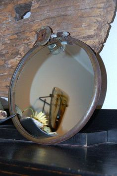 steel drum seal - now a mirror! Industrial Mirrors, Rustic Mirrors, Industrial Style, Industrial Design, Urban Industrial, Steel Seal, Urban Decor, Steel Drum, Wall Mirrors