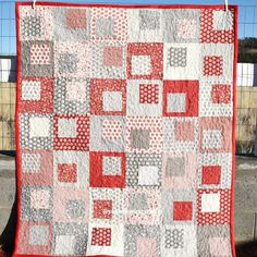 # patchwork quilts videos A gorgeous modern square in a square quilt using layer cake Modern Quilt Patterns, Quilt Block Patterns, Pattern Blocks, Easy Baby Quilt Patterns, Simple Quilt Pattern, Beginner Quilt Patterns Free, Twin Quilt Pattern, Pinwheel Quilt Pattern, Charm Pack Quilt Patterns