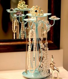 from-candle-holder-to-necklace-holder
