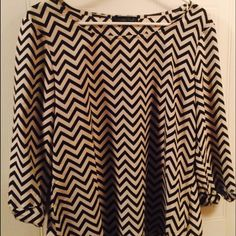Chevron top size small Chevron top size small very light perfect condition Tops Blouses