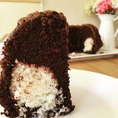 Kakaolu, Çaylı ve Hindistancevizli Kek