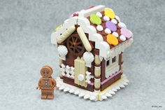 Pin for Later: These Lego Food Creations Are So Realistic They'll Actually Make Your Stomach Growl A Gingerbread House Lego Gingerbread House, Gingerbread Christmas Decor, Design Lego, Legos, Lego Christmas Village, Lego Ornaments, Lego Food, Lego Advent Calendar, Lego Sculptures