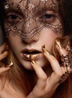 Codie Young (model) Satoshi Saikusa (photographer) Cristelle Cocquet (make-up) Francesca Rinciari (styling) Huberte Cesarion (manicure)    S Moda