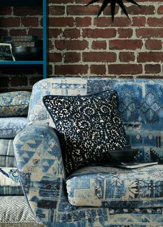 Bohemian style is eclectic and global with lots of hippie patterns, textures and plants, giving an artisanal and nomadic impression. Drapery Fabric, Curtains, Peter Lee, Boho Decor, Bohemian Style, Indigo, Upholstery, Fabrics, Colours
