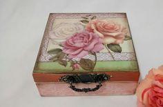 Caixa Porta Chá Floral Vintage