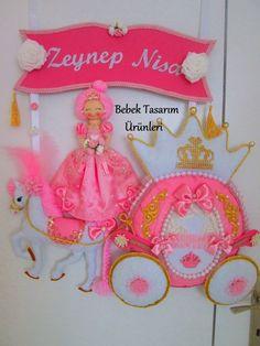 pembe keçeden prenses, balkabağı ve beyaz at süslemeli, isme özel kız bebek odası kapı süsü kokoş modellerden hoşlananlara göre, 10marifet.org'da