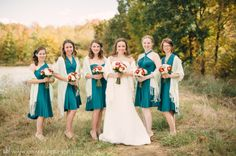 Pashminas for a chilly autumn day  // deanna + michael: a fall shelby farms wedding. Memphis wedding photography by Amy Hutchinson Photography
