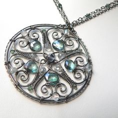 JewelryLessons.com | Learn how to make your own precious jewelry - FREE tutorials, lessons & articles! - pretty