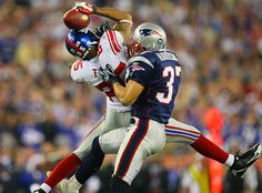 New York Giants receiver David Tyree (left) secures a catch with his helmet as Rodney Harrison (right) tries to wrestle him to the ground. Tyree's catch was instrumental in the New York Giants' upset of the previously undefeated Patriots, 17-14.  #sport #rewind #americanfootball #nhl #superbowl #photography #lifeinsport