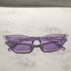 Sunglasses For Your Face Shape, Cat Eye Sunglasses, Sunglasses Women, Cool Sunglasses, Lavender Aesthetic, Purple Aesthetic, Aesthetic Light, Aesthetic Outfit, Aesthetic Themes