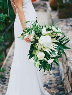 tropical king protea bouquet #bouquet #kingprotea