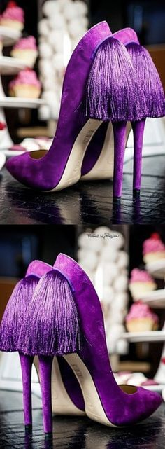 These shoes wer made for me. Purple stilettos with tassels! Dream Shoes, Crazy Shoes, Me Too Shoes, Hot Shoes, Women's Shoes, Shoe Boots, Stilettos, Stiletto Heels, Jimmy Choo