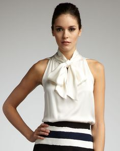 Neck bow top