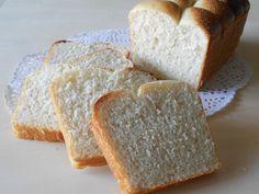 Pan bauletto con water roux e lievito madre Water Roux, Dolce, Pasta, Bread, Recipes, Food, Brioche, Eten, Recipies