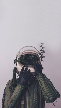 Image discovered by Find images and videos about aesthetic, green and wallpaper on We Heart It - the app to get lost in what you love. Wallpaper Space, Tumblr Wallpaper, Galaxy Wallpaper, Cool Wallpaper, Wallpaper Backgrounds, Leaves Wallpaper, Hipster Wallpaper, Trippy Iphone Wallpaper, Orange Wallpaper
