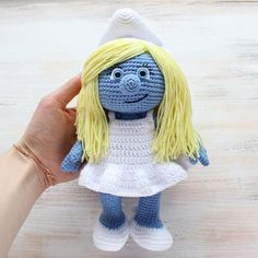 Let your mind wander into the fancy world of the Smurfs with this super soft crochet Smurfette! Use our free Smurfette Amigurumi Pattern to create the lovely toy for your little ones :)