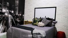 """Saiba como decorar um ambiente de maneira prática e rápida sem gastar muito! Terceiro episódio da série """"PROJETO CRIATIVO"""" A Imprimax forneceu espaço e materiais para que arquitetos e design de interiores esbanjassem sua criatividade, mostrando as possibilidades da utilização de vinil autoadesivos na decoração. Veja o projeto criado pela arquiteta e urbanista JANAINA BARBOSA Outdoor Furniture, Outdoor Decor, E Design, Tapestry, Bed, Home Decor, Architects, Environment, Creativity"""