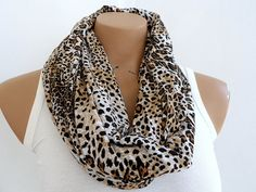 fashionable women loop scarf...