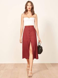 Reformation petites hermosa skirt s t y l e w 2019 fashion, skirt fashion i Petite Outfits, Mode Outfits, Chic Outfits, Spring Outfits, Casual Dresses, Fashion Dresses, Summer Dresses, Long Skirt Outfits For Summer, Summer Skirts