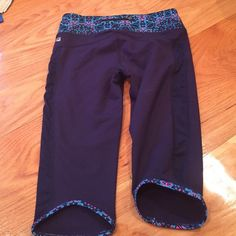 Yoga capris Received as a gift and does not fit. Never worn fabletics yoga/activewear leggings lululemon athletica Pants Leggings
