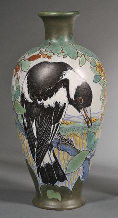 Gouda Pottery Magpie Vase | JV