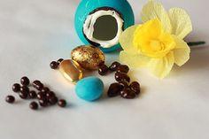 Uova con la sorpresa fai da te [TUTORIAL] www.donnaclick.it - Donnaclick