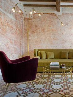 A deux pas de la place Navone à Rome, une maison décatie du XVIe s'est reconvertie en éden vintage.