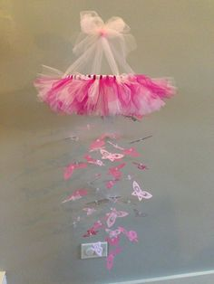Diy baby room girl tutus 68 ideas for 2019 Butterfly Nursery, Butterfly Mobile, Butterfly Baby, Baby Room Diy, Baby Room Decor, Diy Baby, Girl Nursery, Girl Room, Baby Crafts