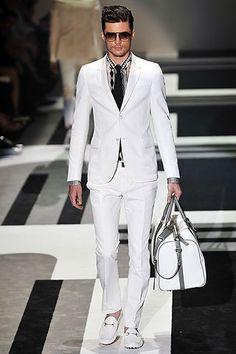 gucci mens suits  Sport elegante y moderno