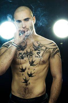 gorgeous tat...if it's not photoshopped...