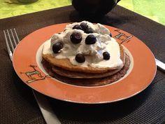 Pfannkuchen Grundteig: 2 Eier 50 ml Sahne 1 EL Flohsamenschalen