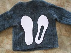 One of the favourite gifts that I have been making for family members the last few years are Fibre Trends felted slipper clogs . This year,...