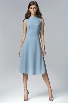 Blue midi flared sleeveless dress