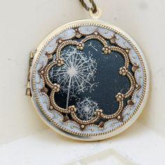 Locket Necklace,Brass Locket,Dandelions Locket,Necklace,Photo Locket,Wedding Necklace,Jewelry Gift,bridesmaid gift,locket necklace,38mm