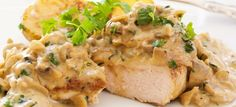 Chicken fillet in creamy mustard sauce. There are a huge number of recipes for chicken, these dishes look great as festive and everyday table. Clean Recipes, Cooking Recipes, Healthy Recipes, Cooking Time, Pollo Al Champignon, Creamy Mushroom Chicken, Fresh Chicken, Tarragon Chicken, Mushroom Sauce