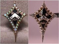 Two lovely Dyer badges. Kappa Alpha Theta, Sorority And Fraternity, Kites, Vintage Pins, Opals, Pansies, Badges, Spirit, College