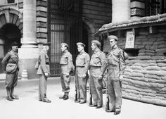 Dads Army- The British home guard Vintage London, Old London, Military Divisions, Dad's Army, British Sitcoms, Home Guard, British Home, Ww2 History