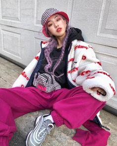 K Fashion, Asian Fashion, Fashion Outfits, Womens Fashion, Fashion Design, Fashion Online, Aesthetic Fashion, Aesthetic Clothes, Urban Aesthetic