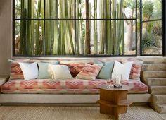 Одна из последних коллекций дома Ralph Lauren Homе – коллекция Corral Canyon. Органические материалы, современные архитектурные формы и Юго-Западное вдохновение смело сочетаются в коллекции.