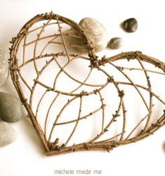 DIY twig and cereal box heart decoration Twig Crafts, Heart Crafts, Nature Crafts, Craft Stick Crafts, Wood Crafts, Diy And Crafts, Arts And Crafts, Heart Decorations, Valentines Day Decorations