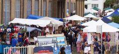 Bondi Markets - Sundays, Bondi beach public school.