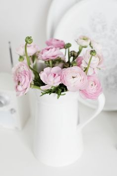 I love Ranunculus! They look like cute little buttons!