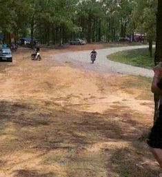 Now I will show a dangerous trick on a motorcycle - So Funny Epic Fails Pictures Epic Fail Pictures, Funny Gifs, Fails, Haha, Country Roads, Random Humor, Motorcycle, Animated Gif, Funny