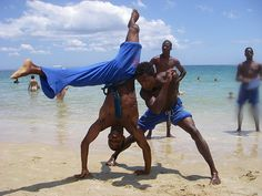 On an Island outside of Bahia Rio Grande, Elements Of Dance, Brazilian Martial Arts, Foto Sport, Art Of Fighting, Martial Arts Styles, Jaguar, Dynamic Poses, Martial Artists