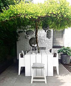 VIBES Happy Sunday peeps! Canalside Interiors is open 7 days from 10am - 4pm. We look forward to seeing you in store. New ranges arrived this week and loads of items on sale at the moment! Lust-worthy alfresco vibes via @pinterest
