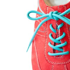 Are you wearing the right size sneaker? How to get the perfect fit for your run: http://blog.womenshealthmag.com/whexperts/are-you-wearing-the-right-size-sneaker/