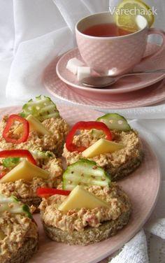 Pomazánka z choriza - Recept Chorizo, Baked Potato, Eggs, Potatoes, Treats, Baking, Breakfast, Ethnic Recipes, Food